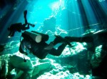 scufundari-in-pesteri-inundat-in-Mexic-660x495