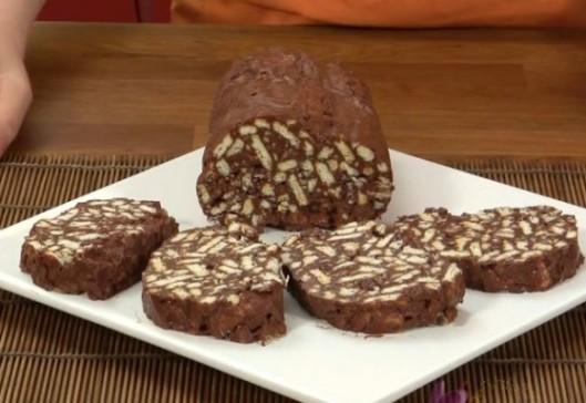 Salam-de-biscuiti-cu-ciocolata-580x400.jpg